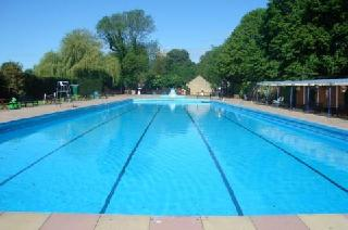 /images/bourne_outdoor_swimming_pool