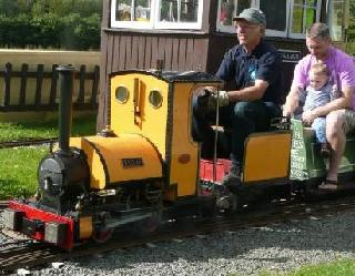 /images/broomy_hill_miniature_railway