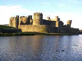 /images/caerphilly_castle