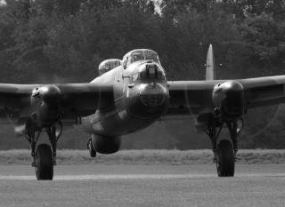 /images/east_kirkby_290907_010_bw_800