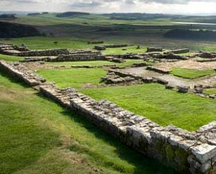 /images/housesteads-roman-fort-iphone