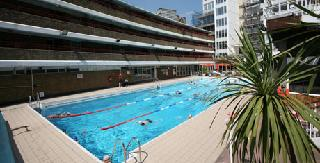 /images/oasis_swimming_pools